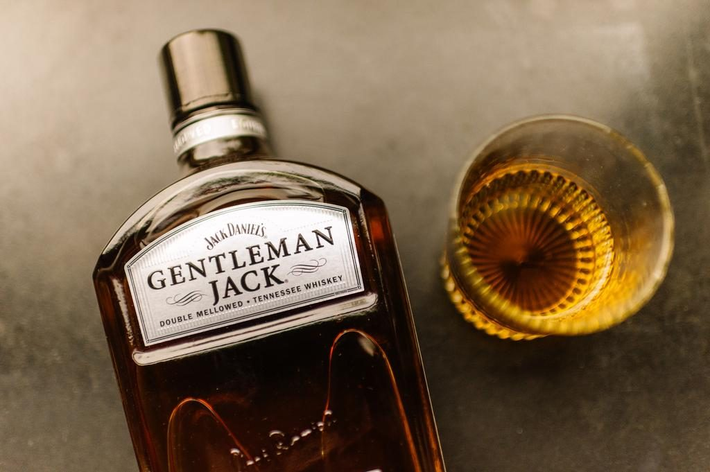 Giá Rượu Jack Daniel's Gentleman