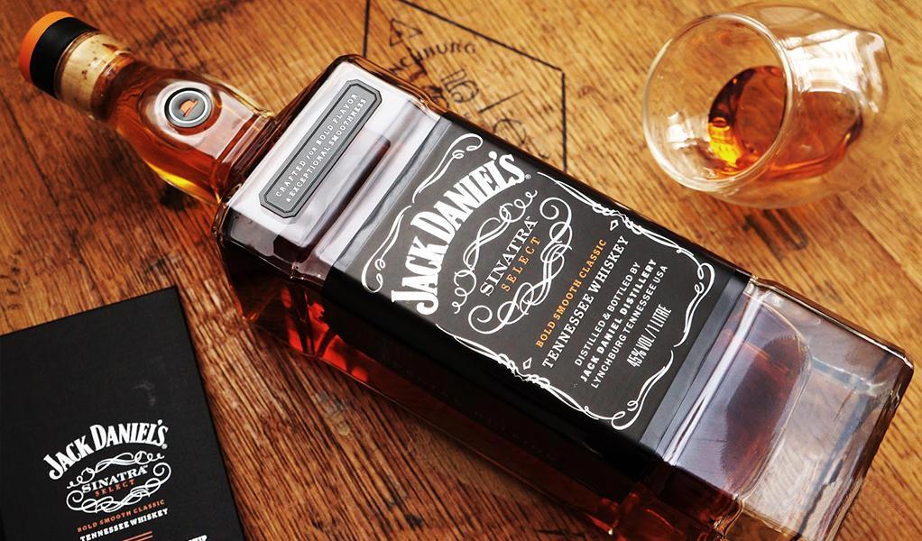 Giá Rượu Jack Daniel's Sinatra 1 lít